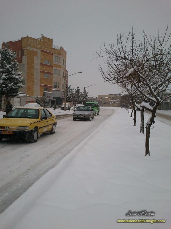 روزهای برفی مشهد