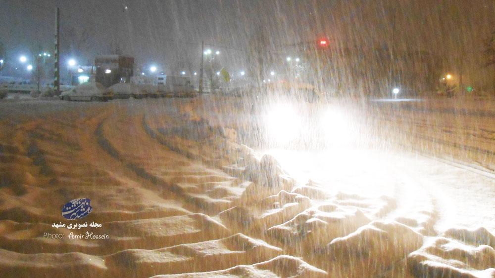 شب برفی در میدان بوستان جاهدشهر